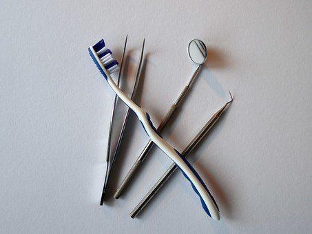 Idziemy do dentysty – jak przygotować dziecko do pierwszej wizyty.